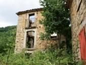 casagreca-5-170x128 Borghi abbandonati