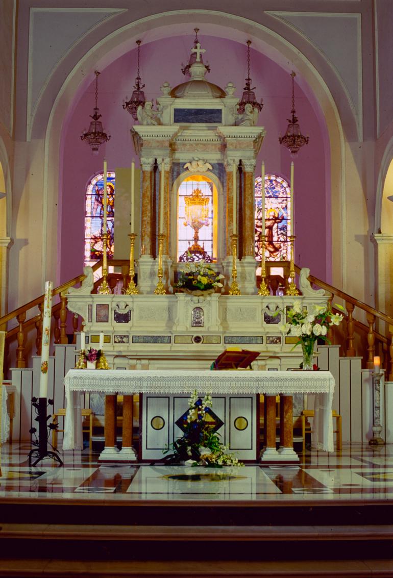 Altare-Volto-Santo