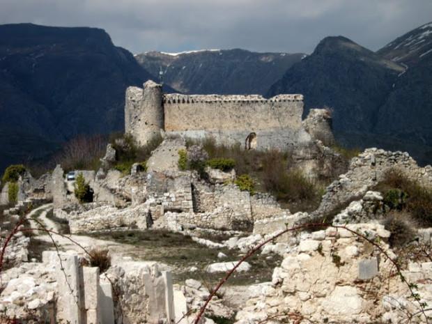 Alba Fucens il Castello Orsini