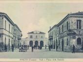 pineto-piazza-della-stazione