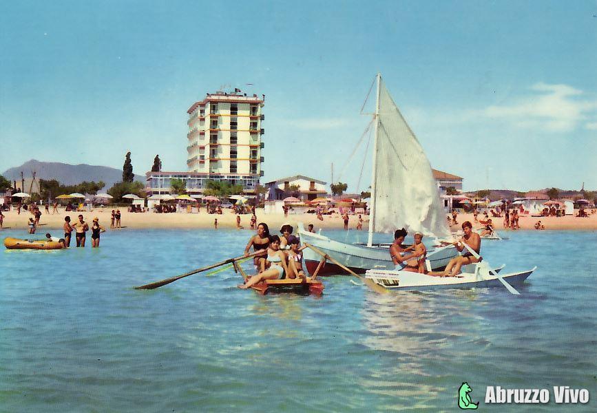 alba-adriatica-041 Dai primi del 1900 alla fine degli anni 80 attraverso le cartoline illustrate