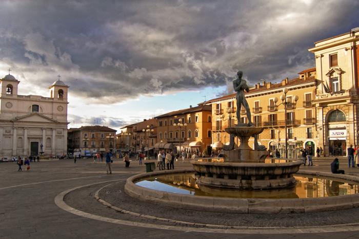 aquila-5-700x467 L'Aquila capoluogo d'Abruzzo