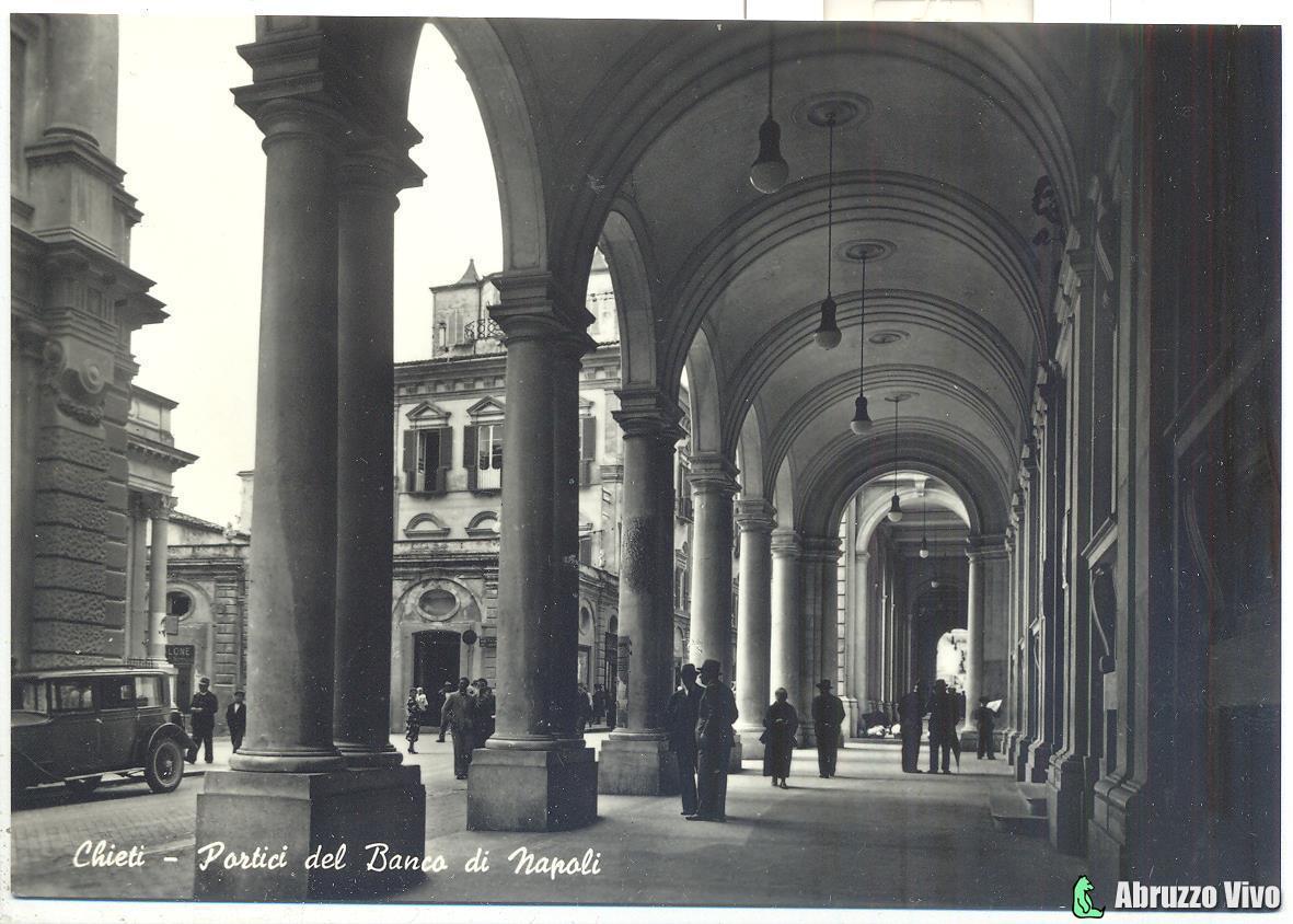 chieti-portici1 Dai primi del 1900 alla fine degli anni 80 attraverso le cartoline illustrate