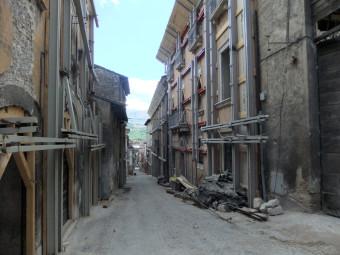 aquila-zona-rossa-luglio2010-014