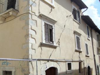 aquila-zona-rossa-luglio2010-020