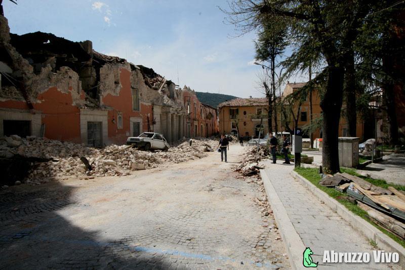 Terremoto del 2009, le immagini del dolore - Galleria Fotografica Terremoto
