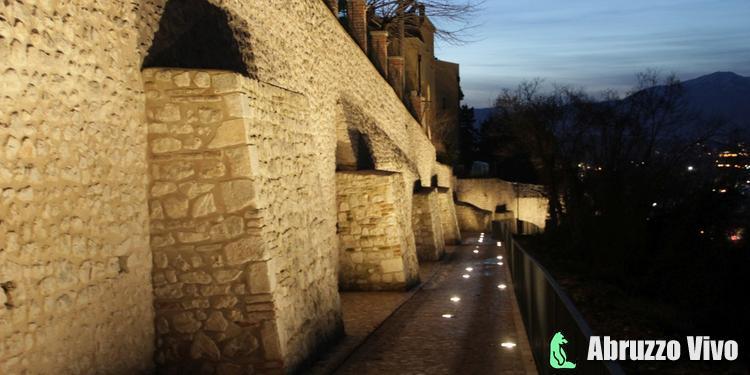 LE MURA DELL'AQUILA Il restauro e il progetto di illuminazione delle mura urbiche - Arte e Cultura Eventi