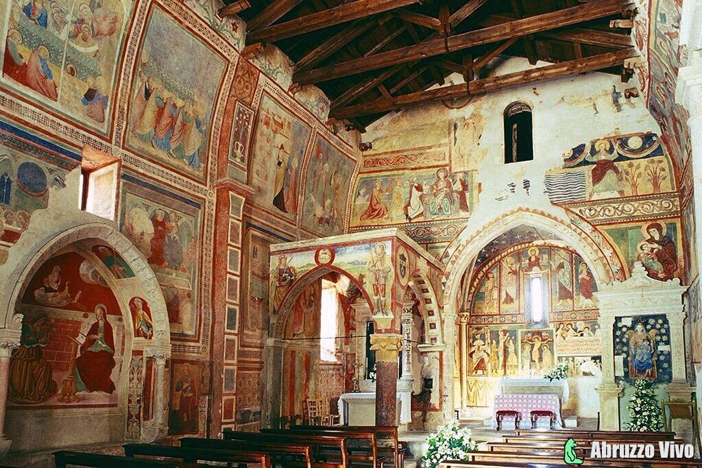 Chiesa di Santa Maria ad Cryptas - Arte e Cultura